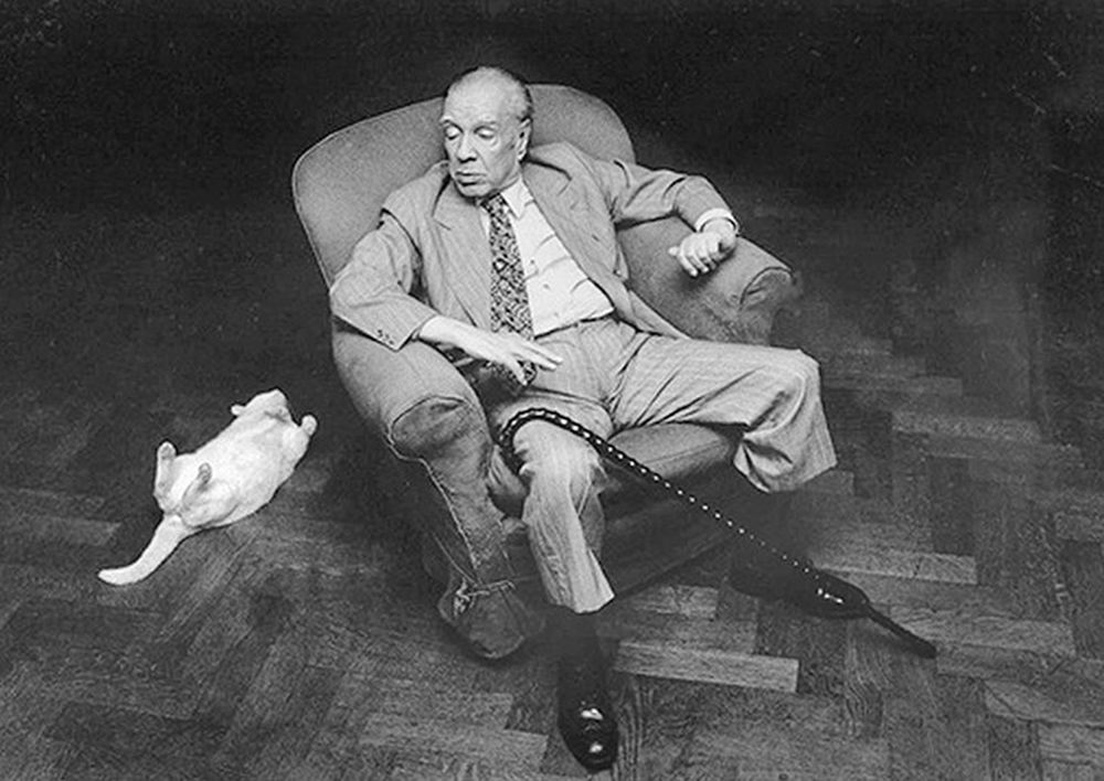 Jorge Luis Borges, one of the top 10 authors in Latin America